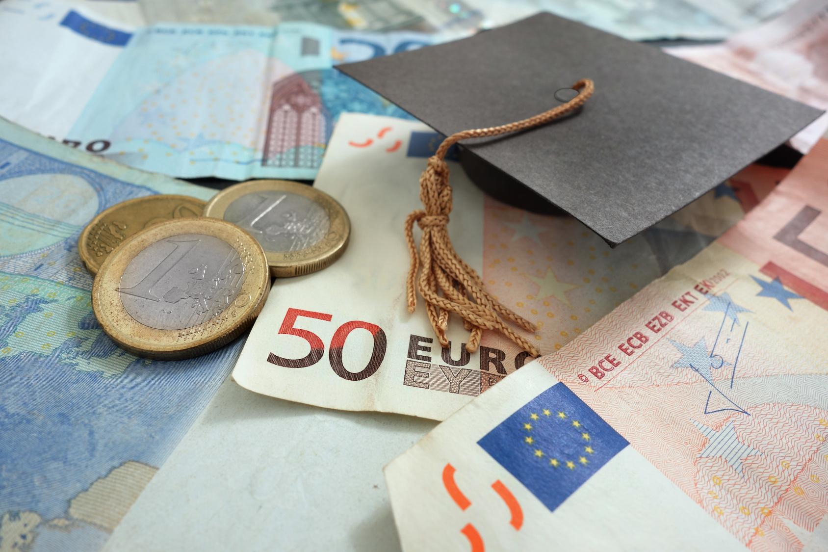 Стипендия в евро фото
